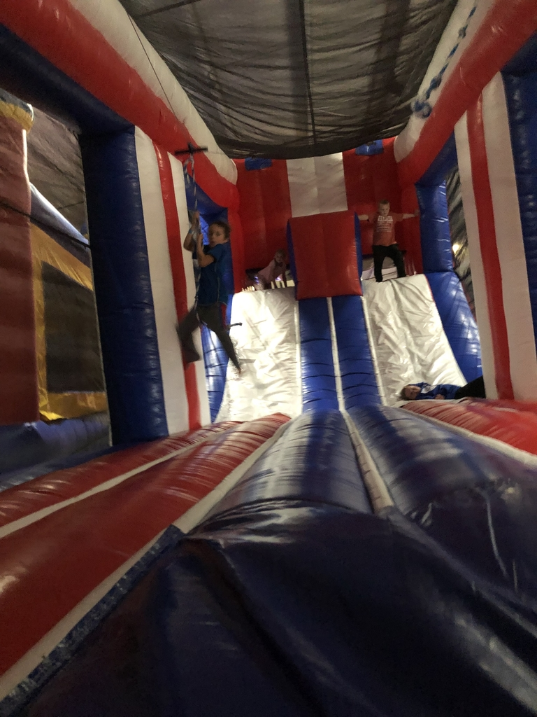 Zip line bounce house